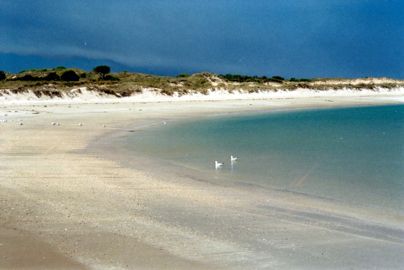 08-28-2000 06 beach middle lagoon
