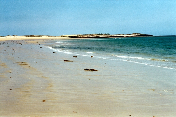 08-28-2000 07 beach view Middle Lagoon.jpg