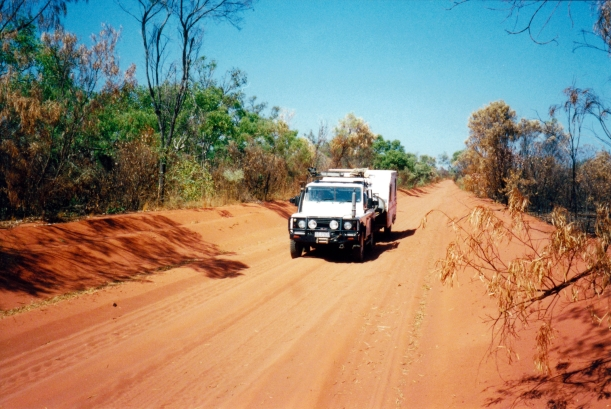 09-03-2000 rd to middle lagoon.jpg