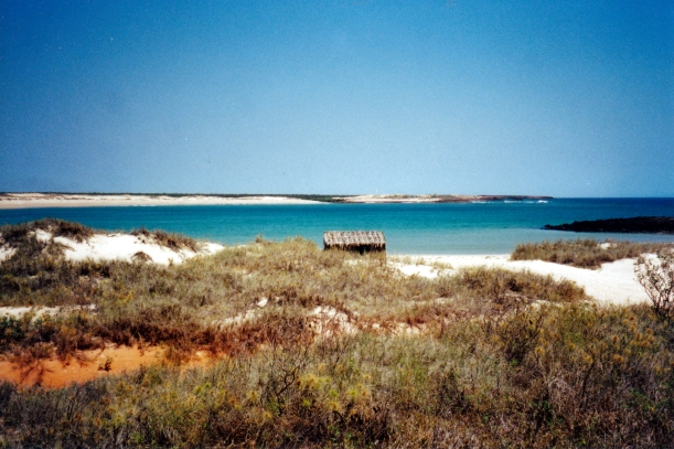 09-04-2000 09 high tide over reef Middle Lagoon.jpg