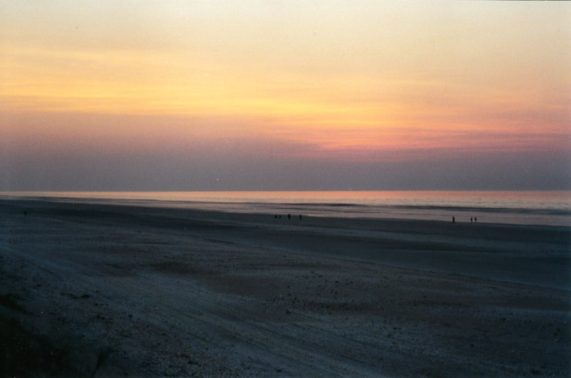 09-11-2000 sunset final 80 mile beach