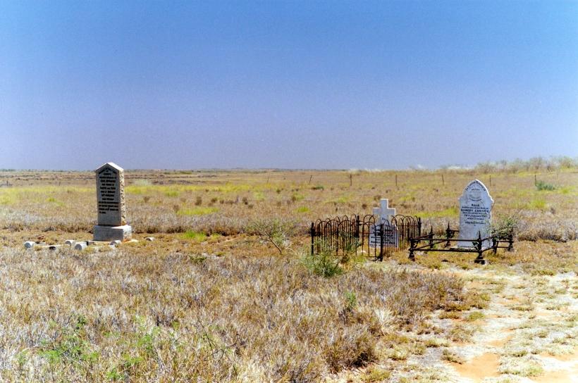 10-13-2000 old onslow cemetery.jpg