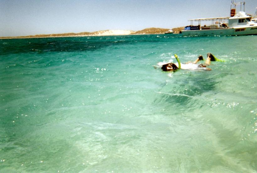 10-28-2000 johyn snorkelling.jpg
