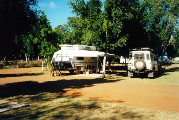 11-01-2000 camp Carnarvon