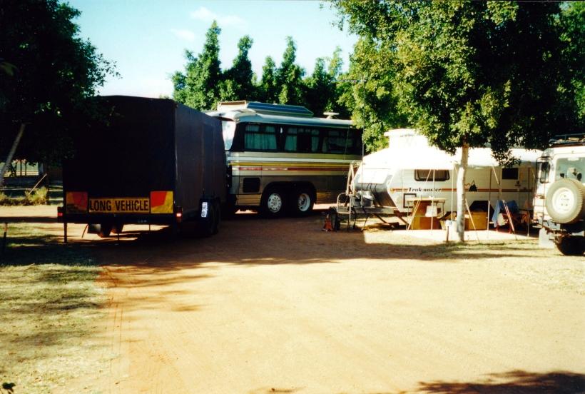 11-02-2000 big rig carnarvon.jpg