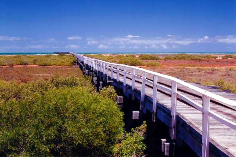 11-03-2000 one mile jetty carnarvon.jpg