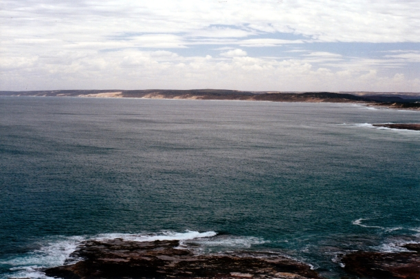 11-12-2000 coast nth of Kalbarri.jpg
