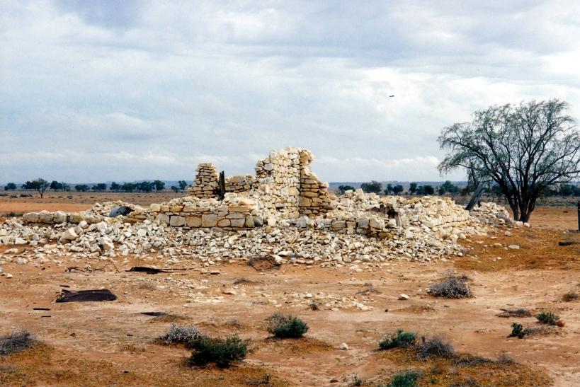 10-01-2001 tickalara ruins.jpg