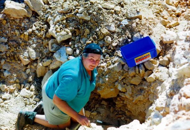 04-13-2002 wendy working