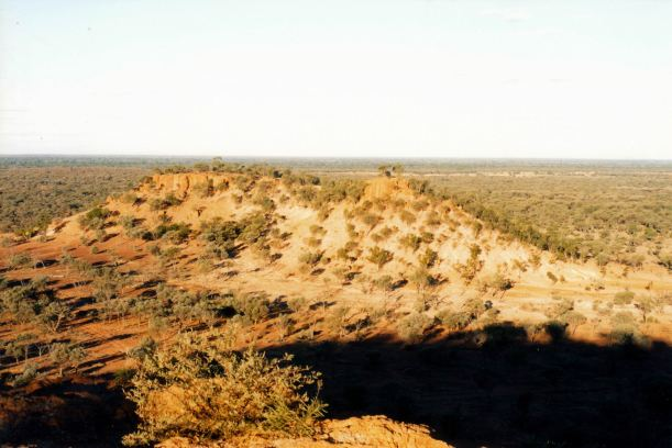 Resize of 05-25-2002 Quilpie country.jpg