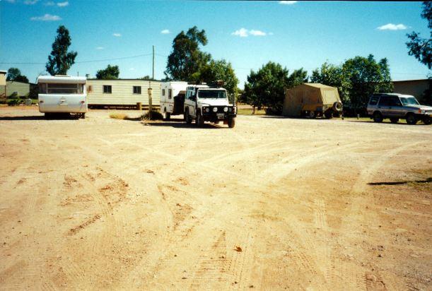 Resize of 05-26-2002 eromanga camp.jpg