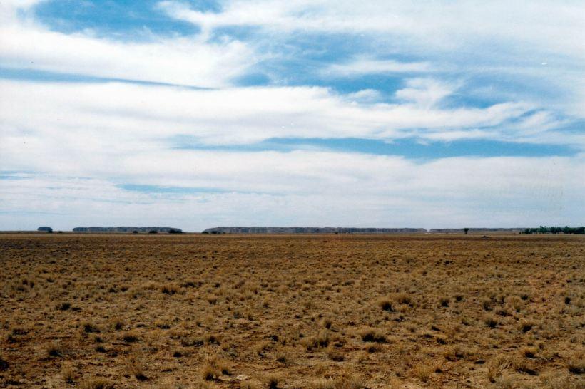 Resize of 05-29-2002 05 Davenport Downs strange hills.jpg
