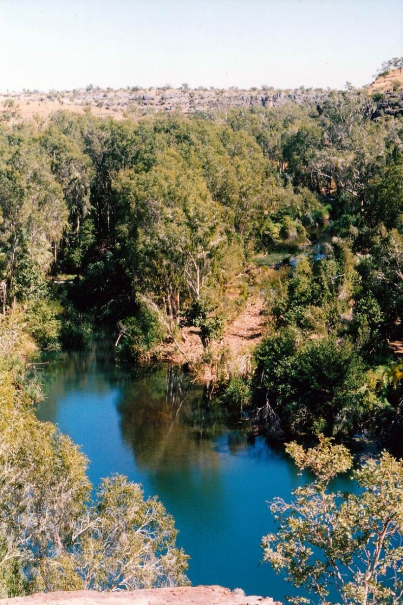 Resize of 06-13-2002 08 Upper Gorge Lawn Hill NP 2