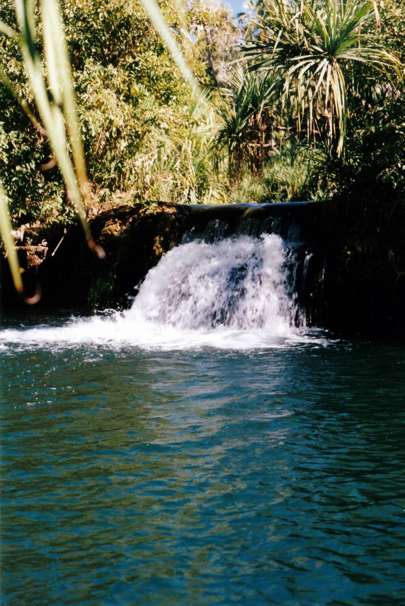 Resize of 06-13-2002 11 one part Indarri falls