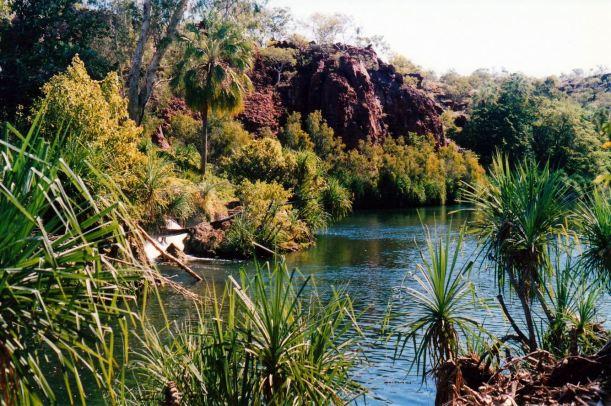 Resize of 06-13-2002 13 Indarri Falls scene