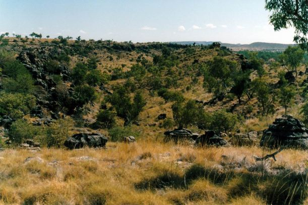 Resize of 06-16-2002 05 rock outcrops Riversleigh Site D.jpg