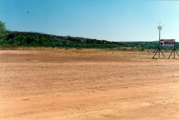 Resize of 08-04-2002 hells gte airstrip
