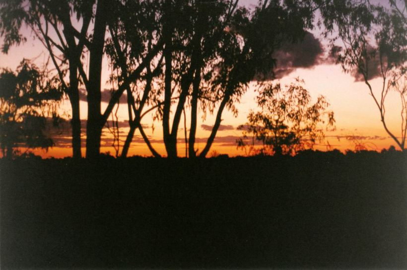 Resize of 08-15-2002 doomadgee sunset.jpg