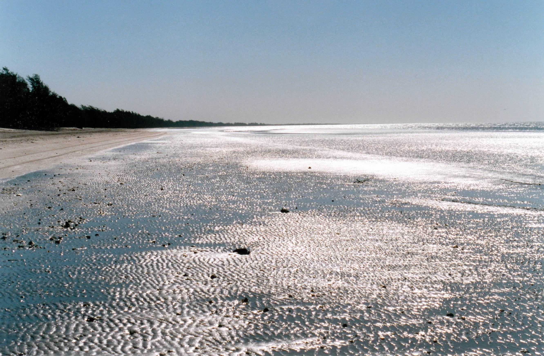 Resize of 08-24-2002 15 Wollogorang beach, late afternoon.jpg