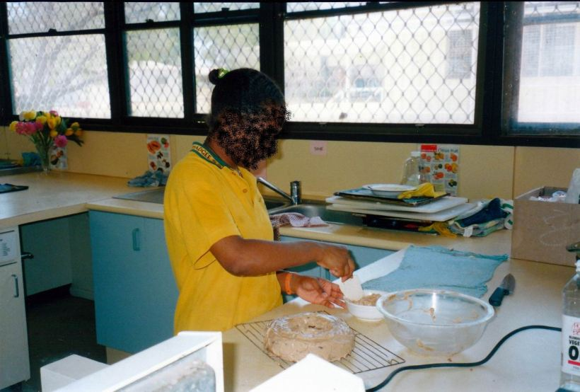Resize of 08-30-2002 cooking class.jpg