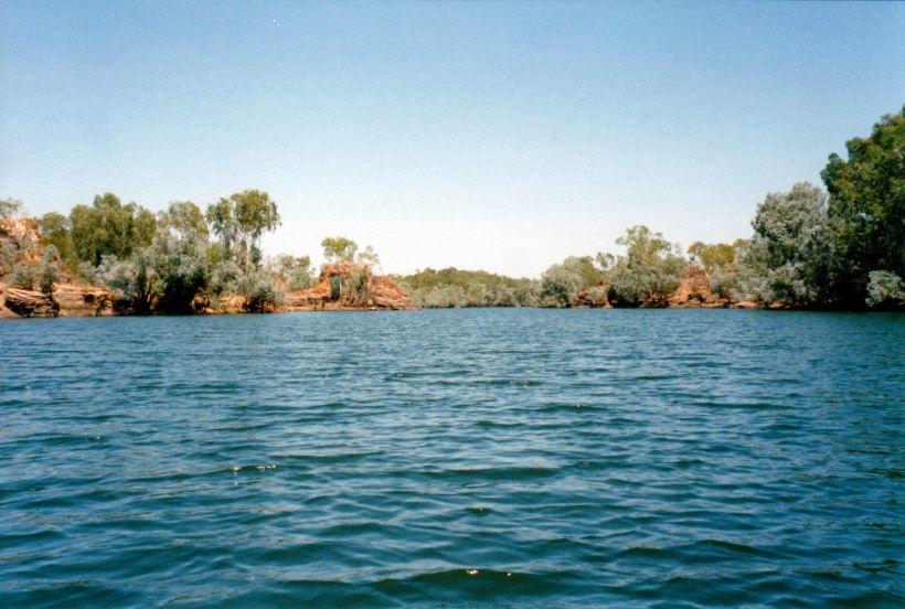 Resize of 09-17-2002 02 Nicholson waterho;e Kingfisher Camp.jpg