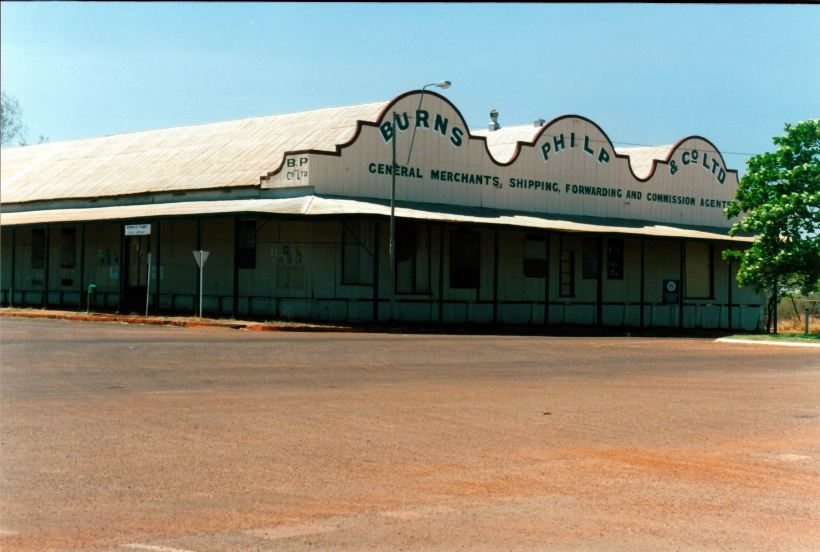 Resize of 09-25-2002 01 Normanton historic store.jpg