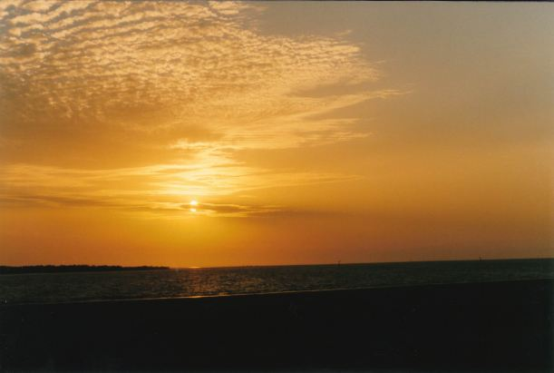 Resize of 09-28-2002 Karumba sunset too.jpg