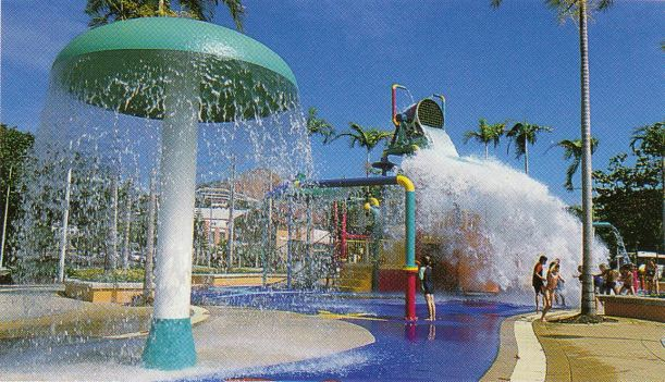 Resize of 10-15-2002 Strand water playground Townsville.jpg