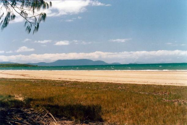 Resize of 10-22-2002 02 Whitsundays from Midge Point
