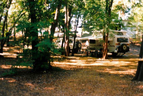 Resize of 06-01-2003 08 our van in Grove adels.jpg