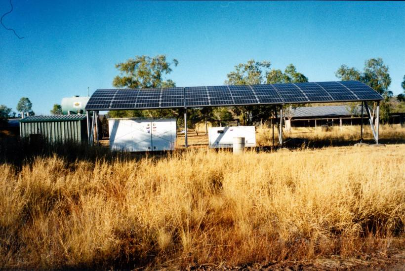 Resize of 08-05-2003 01 mussellbrook solar array