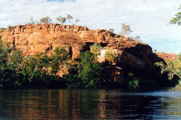 Resize of 08-15-2003 05 upper gorge.jpg