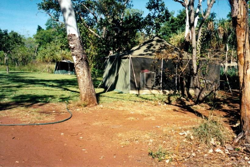 Resize of 09-19-2003 06 kitchen tent at safari camp.jpg