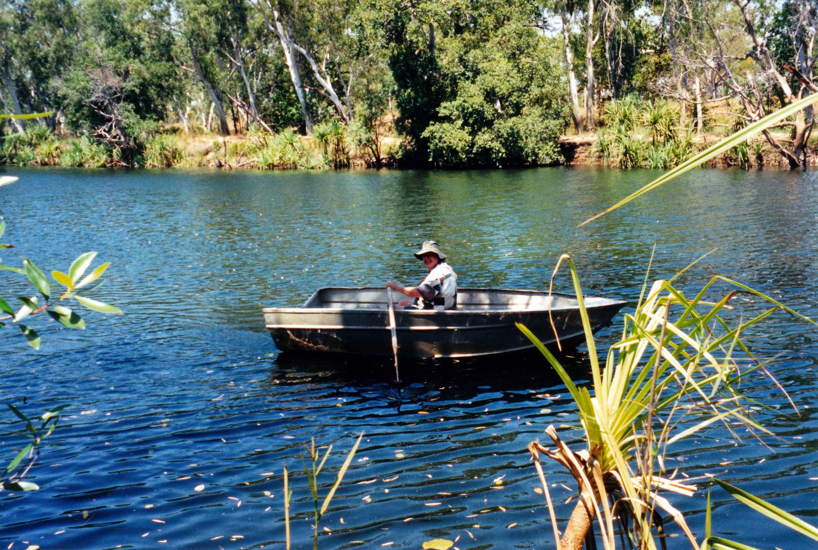 Resize of 09-19-2003 13 John on Carns Creek waterhole.jpg
