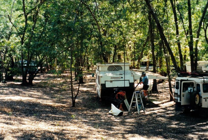 Resize of 09-22-2003 cleaning van for departure from Grove.jpg