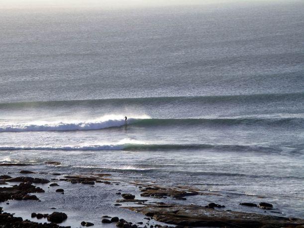 Resize of 04-06-2004 Surfer Streaky Bay Back Beach