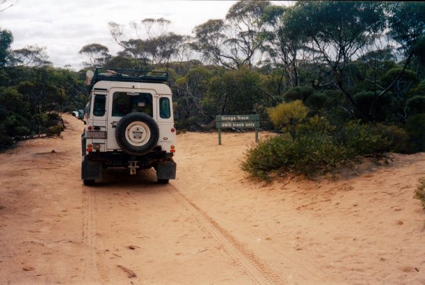 Resize of 04-16-2004 02 entering Yumbarra CP Googs Track