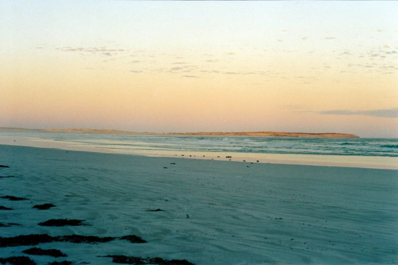 Resize of 04-19-2004 sunset Scotts Beach Fowlers Bay.jpg