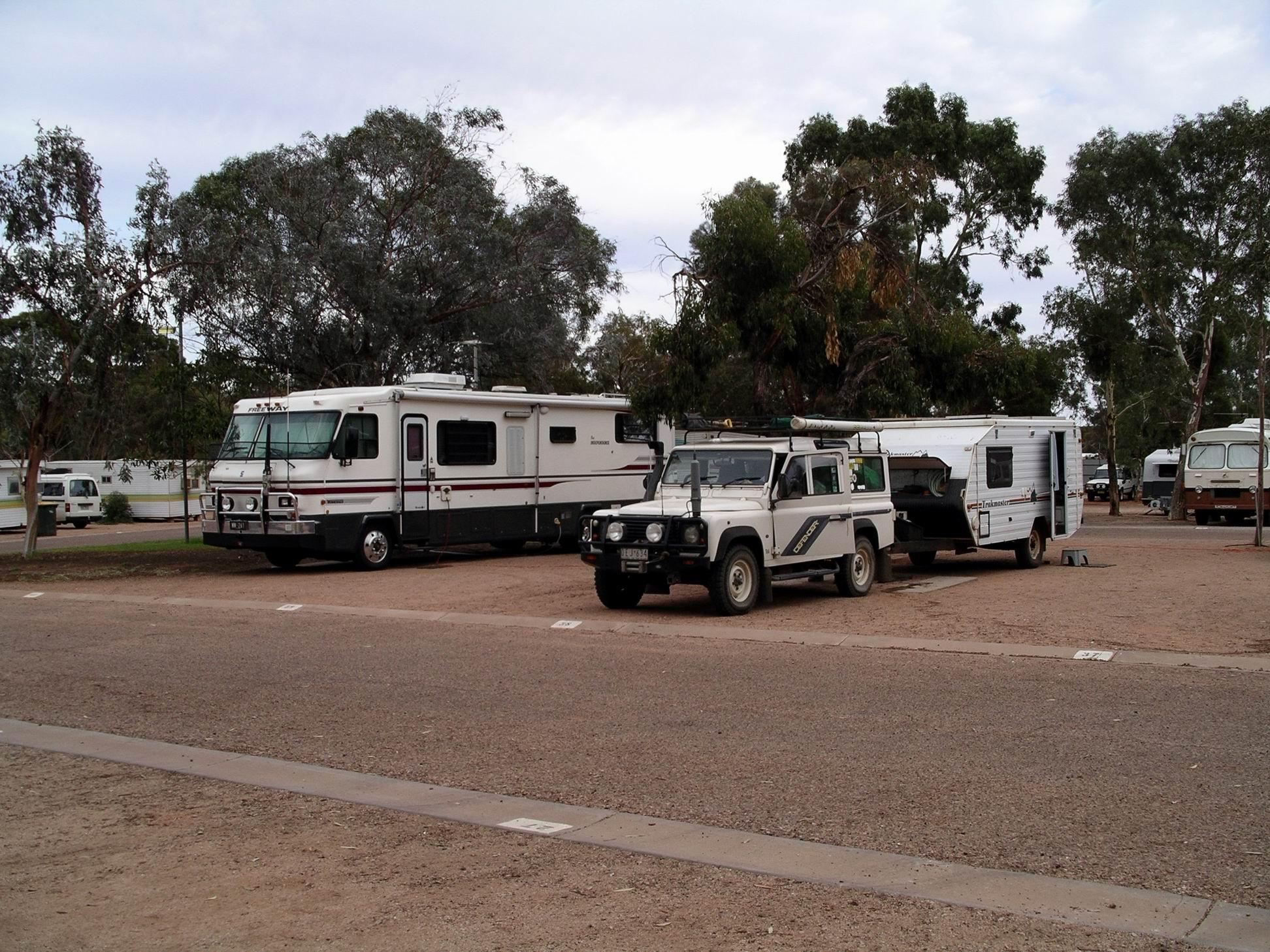 Resize of 03-31-2004 Port Augusta camp.jpg