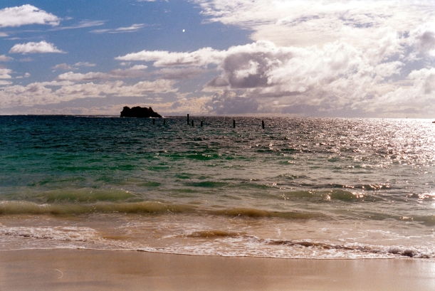 05-27-2004 03 Hamelin Island.jpg