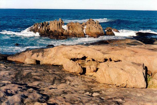 Resize of 05-15-2004 rocks quaagi