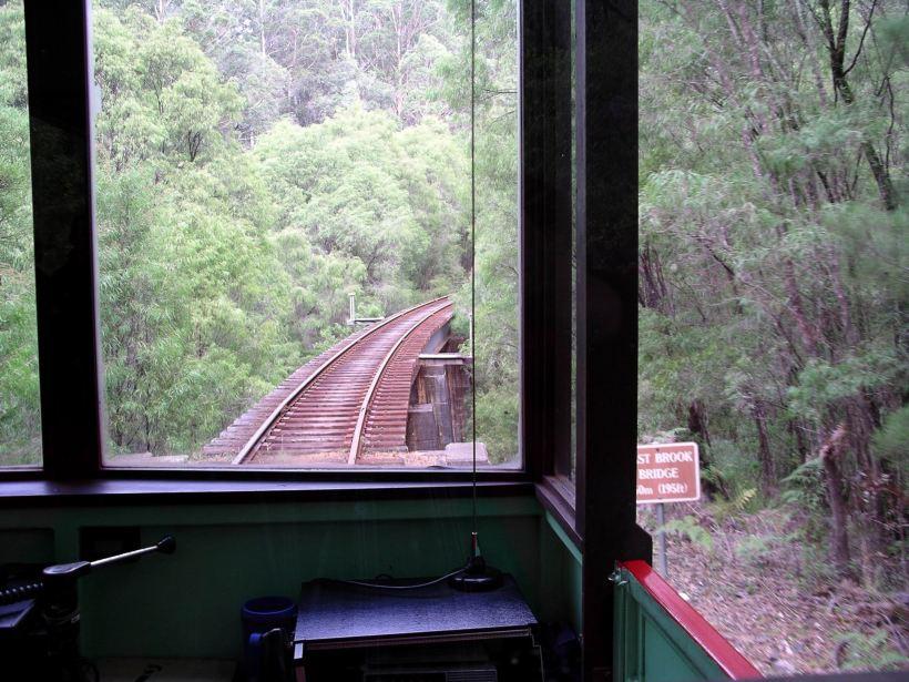Resize of 05-24-2004 07 Pemberton tramway.JPG