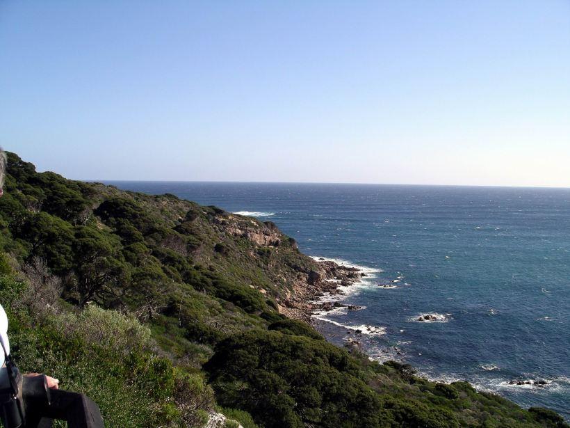 Resize of 05-31-2004 03 Cape Leeuwin walk.JPG