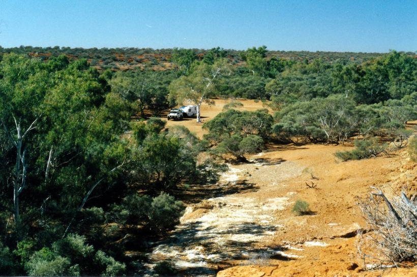 Resize of 06-25-2004 03 truck near Wooramel R