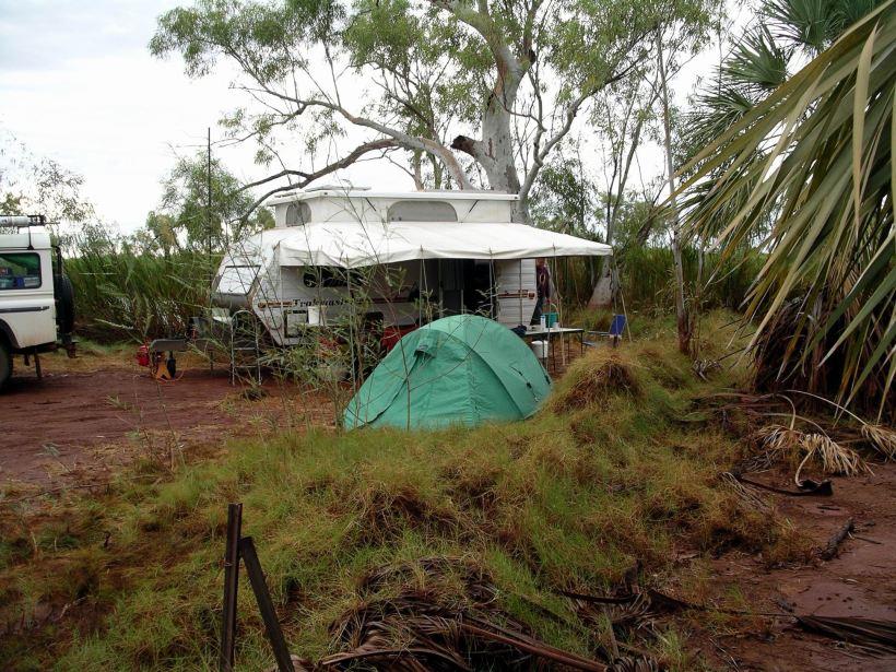 Resize of 07-12-2004 09 Millstream camp site.JPG