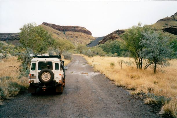 Resize of 07-16-2004 03 rd into Wittenoom Gorge
