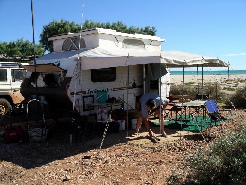 Resize of 08-04-2004 02 Concreting Mesa Camp