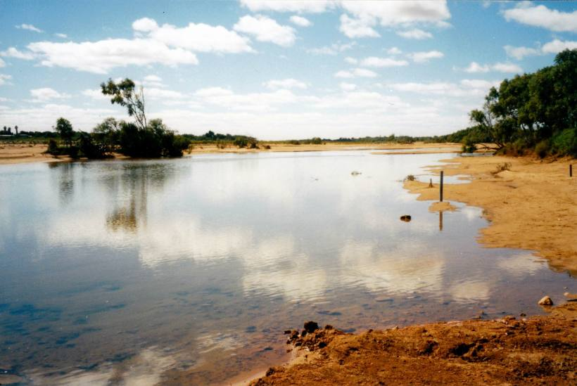 Resize of 08-14-2004 02 Gascoyne with water Carnarvon