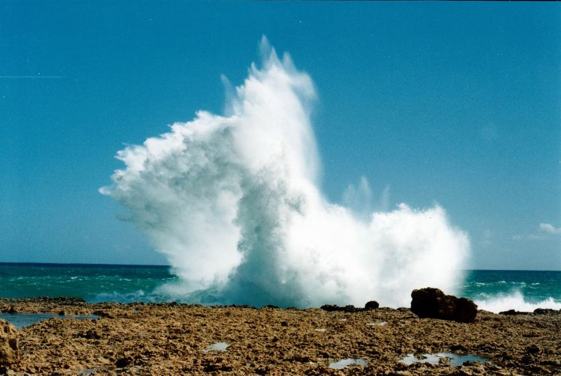 Resize of 08-25-2004 05 Blowholes nth of Carnarvon.jpg