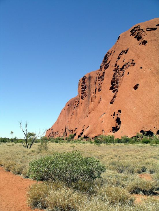 Resize of 09-04-2004 03 Ayers Rock 1